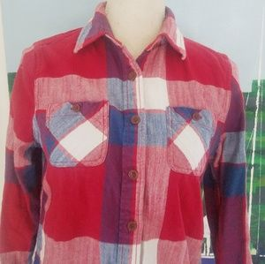ABERCROMBIE & FITCH RED PLAID BUTTON DOWN